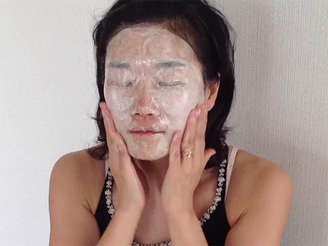洗顔瞑想で顔が白く、軽くなる!